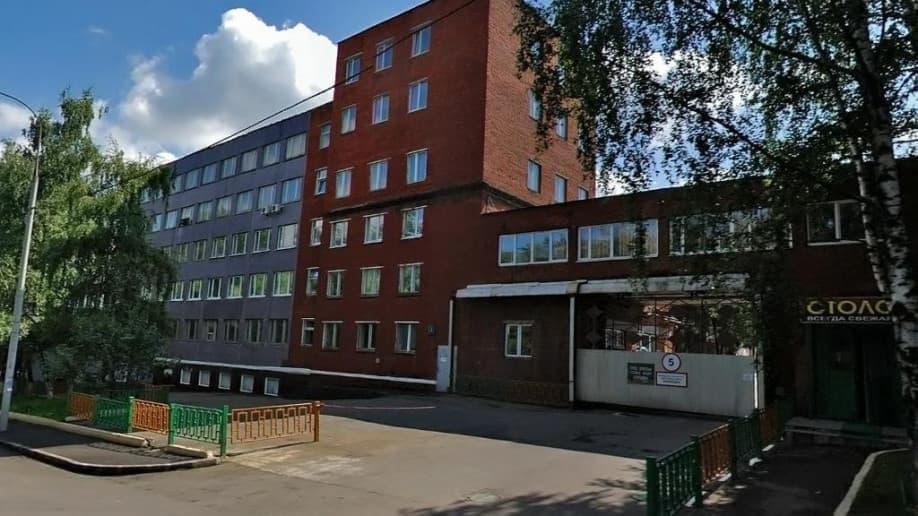 На ул. Кржижановского, 31