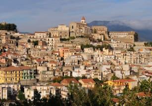 Очередной итальянский город распродает недвижимость по символическим ценам