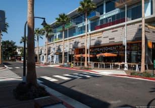 Бездомных Лос-Анджелеса заселяют в микро-дома