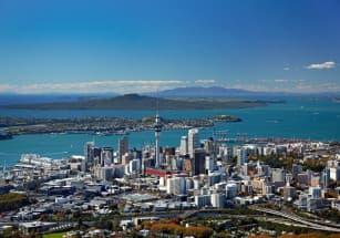 Новозеландцы решают квартирный вопрос в Тиндере